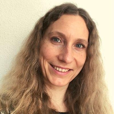 Künstlerin Jane Brontee